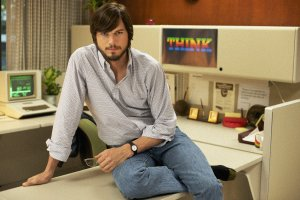 ashton-kutcher-as-steve-jobs